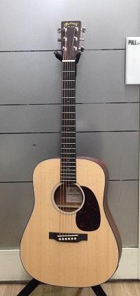 Martin Dreadnought Jr. E 小型ギター(エレアコ)イメージ01