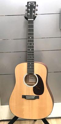 Martin Dreadnought Jr. DJR-10-02 小型ギター(エレアコではない)イメージ01